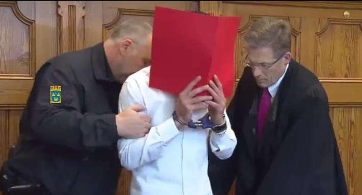 محكمة سويدية تحكم بسجن شاب عشرة سنوات لمحاولة قتل أخته